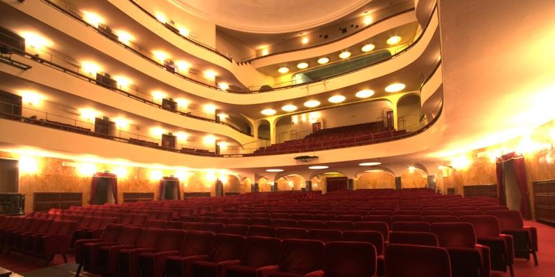 Theater Duse Bologna Zonzofox