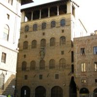 Palazzo davanzati firenze zonzofox for Casa della piastrella firenze