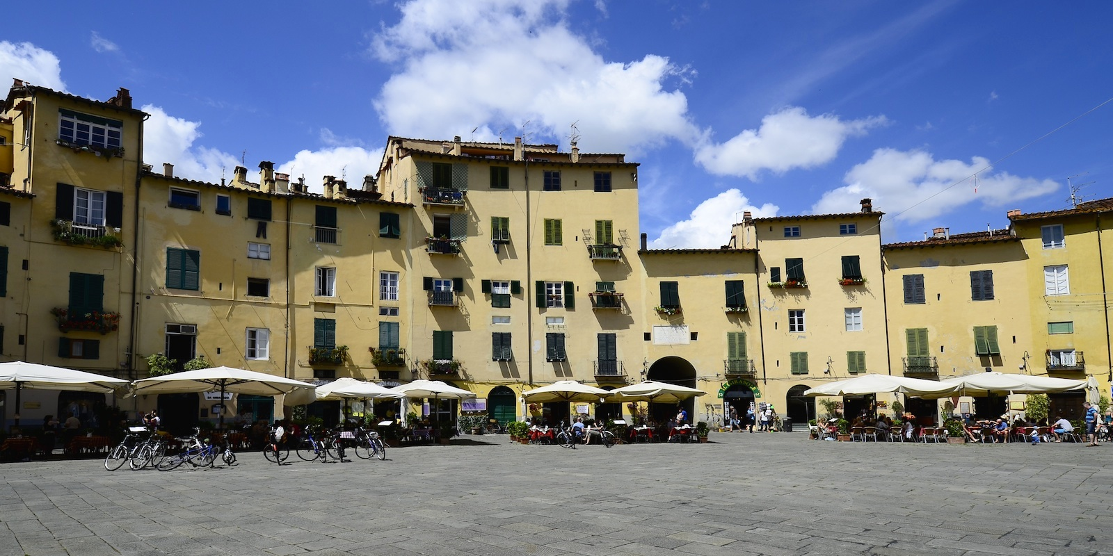 Lucca's guide