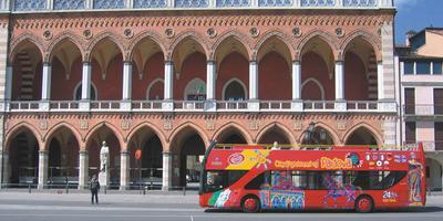 Padova: biglietto da 24 ore per autobus turistico