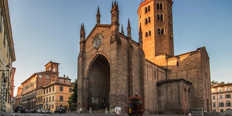 Basilica Of Sant Antonino Piacenza Zonzofox