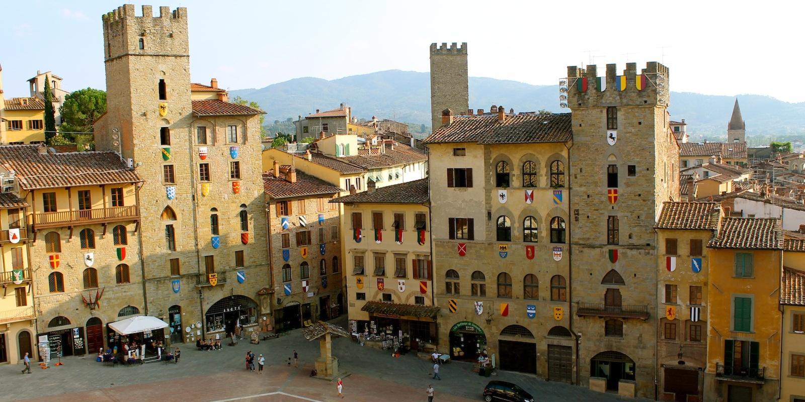 Arezzo's guide