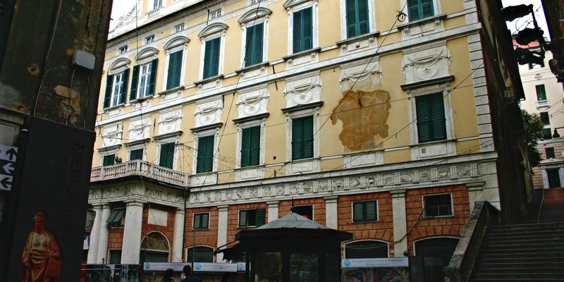 Palazzo Gerolamo Grimaldi (o della Meridiana)