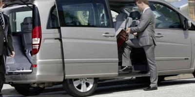 Minivan Transfer To/From Genoa Airport to City Center