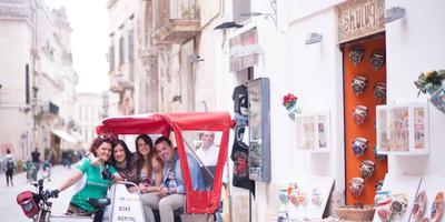 Lecce: Long Bike-Rickshaw City Tour & Local Flavors