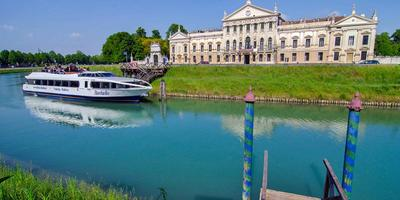 Venice to Padua Full-Day Brenta Riviera Boat Cruise