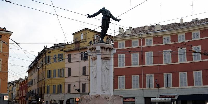 Monument to Filippo Corridoni