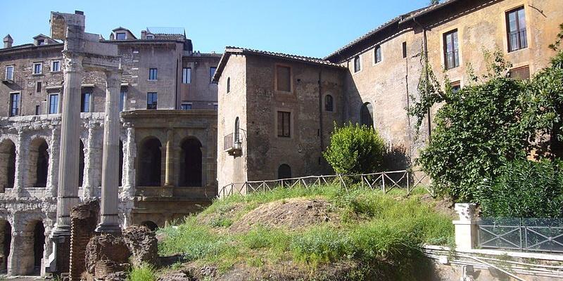 Area del Teatro di Marcello