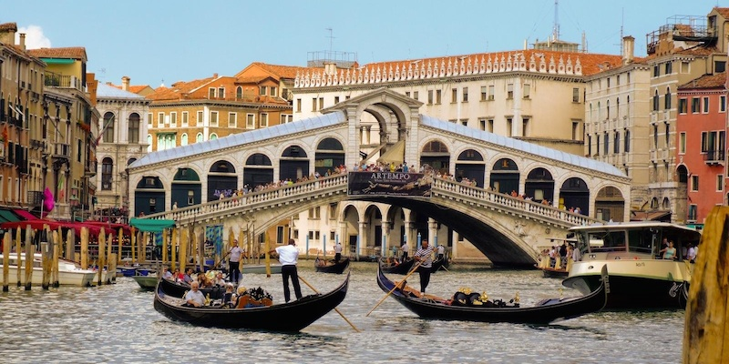 Venice Bridges: famous and unknown
