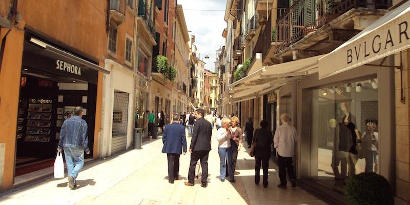 Shopping in Verona